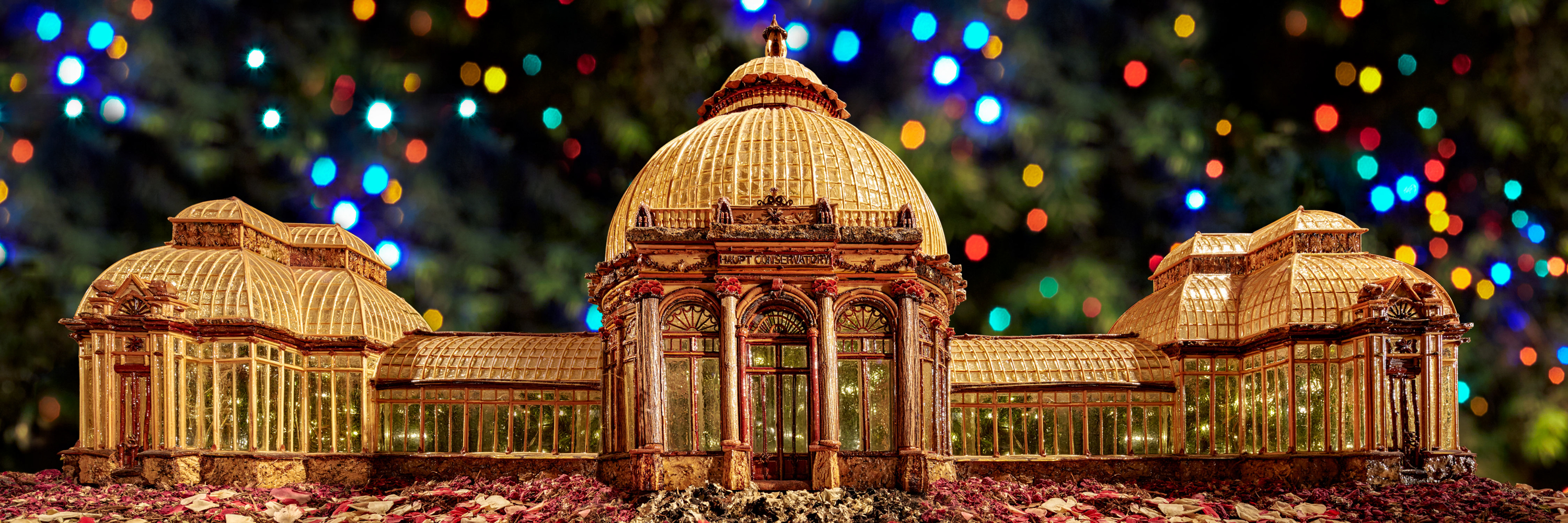 Support the Holiday Train Show® Family Benefit - New York Botanical ...